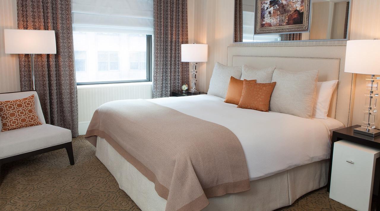 the-benjamin-én-soveværelse-suite-kingsize-seng