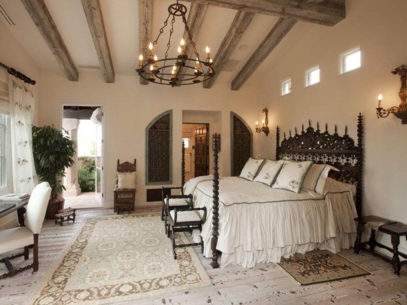 dp_thomas-oppelt-white-casita-bedroom-old-world-elegance_s4x3-jpg-rend_-hgtvcom-1280-960
