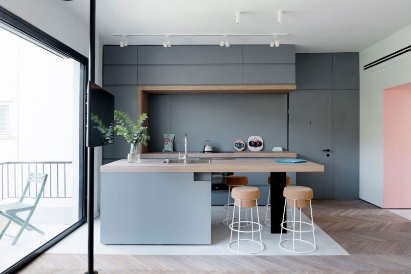 petit-appartement-remodel-in-tel-aviv-kitchen-island