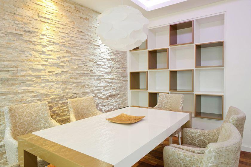 otdelka-sten-kuxni-dekorativnym-kamnem