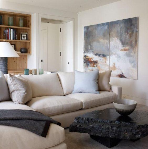 photo à côté du canapé